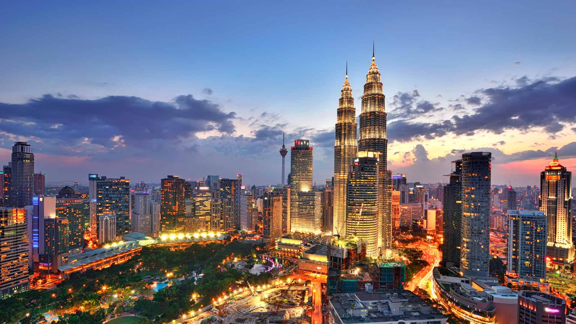 Explore Asia with Meteor Travel & Tours